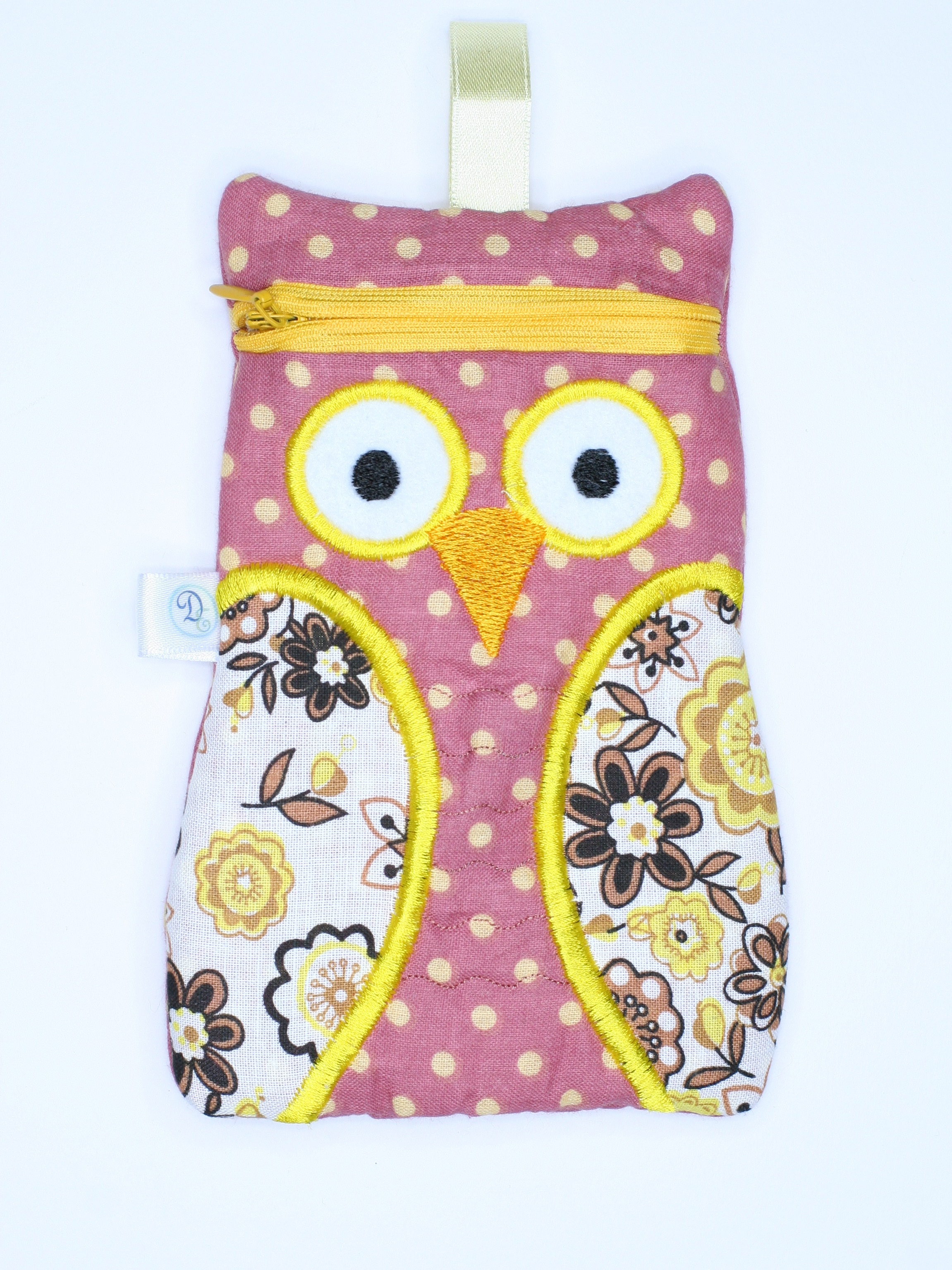 Owl gadget pouch dirah exclusives for Cute homeware accessories